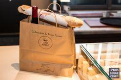 Le bistrot de Yannick Alléno, le rendez-vous des titis parisiens Le Terroir Parisien est situé au 28, place de la Bourse dans le 2ème arrondissement, il est ouvert tous les jours sauf le dimanche, le ticket moyen est de 40 € pour le déjeuner et de 50 € pour le dîner. Le « rillette bar » est ouvert de 18h30 à 21h30.