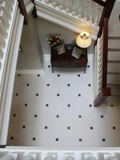 Hallway Designs, Foyer Design, Staircase Design, Hall Tiles, Tiled Hallway, Hall Wallpaper, Foyer Flooring, Bungalow House Design, Bathroom Design Luxury