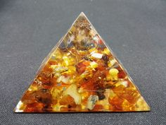 REIKI HEALING CRYSTALS ENERGY Large Orgone Pyramid Baltic Amber Orgonite