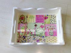 Bandeja de chá pintada de branco com aplicação de guardanapo tipo patchwork. Tea time tray. Decoupage