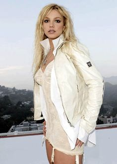 """Britney on the set of her """"Everytime"""" music video.  That outfit is hot!!"""