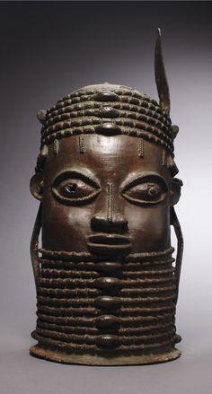African Sculptures, Animal Sculptures, Afro, Pottery Pots, Africa Art, African Tribes, African Textiles, Bronze, Masks Art