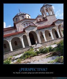 ¿PERSPECTIVA? ¿SEGURO? - No, Ropoto, un pueblo griego que sufre derrumbes desde 2012   Gracias a http://www.cuantarazon.com/   Si quieres leer la noticia completa visita: http://www.estoy-aburrido.com/perspectiva-seguro-no-ropoto-un-pueblo-griego-que-sufre-derrumbes-desde-2012/
