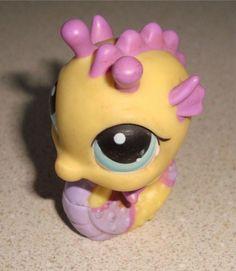 Littlest Pet Shop LPS #426 Yellow Purple Seahorse