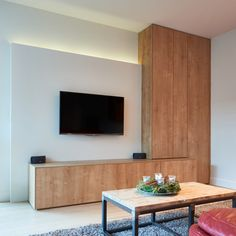 Built In Shelves Living Room, Living Room Wall Units, My Living Room, Home And Living, Living Room Decor, Interior Concept, Interior Design, Bed Wall, Love Home