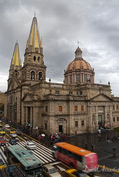 Guadalajara Cathedral por David Arrastia en Fivehundredpx