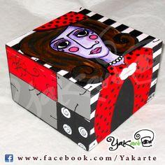 "Caja Mágica ""Lola Mariquita"" www.facebook.com/Yakarte"