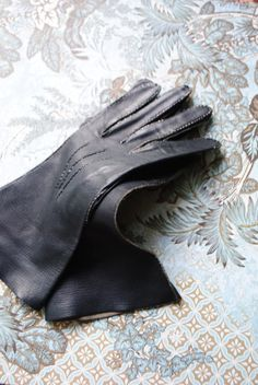 Retro vintage 60s charcoal black genuine calf leather by VezaVe, $32.00