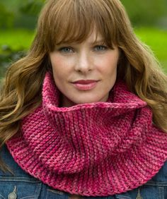 Yarnspirations is the spot to find countless free beginner knit patterns, including the Red Heart Garter Stitch Cowl. Browse our large free collection of patterns & get crafting today! Aran Knitting Patterns, Loom Knitting, Knit Patterns, Free Knitting, Knitting Ideas, Knit Or Crochet, Crochet Scarves, Crochet Shawl, Knit Purl Stitches