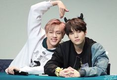 Jin tries to make a heart with the members but only Namjoon makes the other half....Namjin❤#BTS