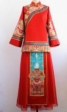 Modern Chinese dress Traditional Fashion, Traditional Dresses, Chinese Clothing, Chinese Dresses, Orientation Outfit, Chinese Kimono, International Clothing, Oriental Fashion, China Fashion