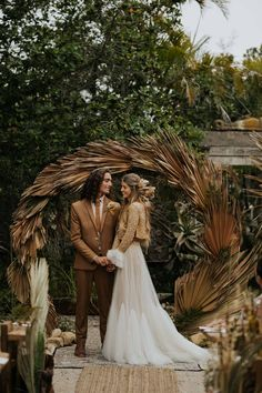 boho fall wedding wreath Boho autumn wedding wreath the Boho Wedding, Fall Wedding, Headpiece Wedding, Elegant Wedding, Wedding Hair, Decoration Evenementielle, Vancouver Wedding Photographer, Wedding Wreaths, Wedding Decorations