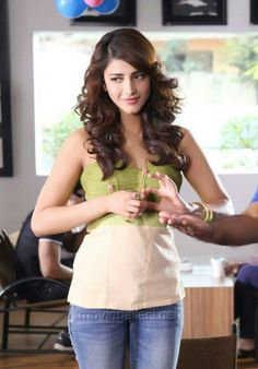 Too Cute - Shruti Hassan