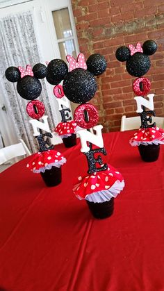 Minnie Mouse Centerpiece - Initial Centerpiece - Minnie Mouse - Mickey Mouse Centerpiece - First Birthday - Second Birthday Pink and gold instead of red and black! Minnie Mouse Birthday Decorations, Mickey Mouse Centerpiece, Mickey Mouse Parties, Mickey Party, Minnie Mouse Theme Party, Disney Parties, Elmo Party, Dinosaur Party, Dinosaur Birthday