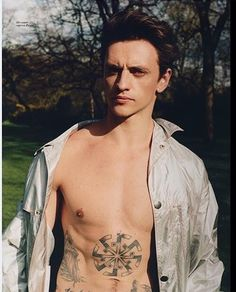 "70 Likes, 2 Comments - Sergei Polunin Fans (@sergeipoluninfans) on Instagram: ""RepostBy @sergei_kovalyov: ""@vogue_ukraine may 2017 @sergeipolunin.dancer editorial #artdirection…"""
