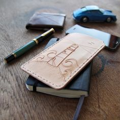 """Hello beautiful. What a great surprise from @leevensteinberlin. A new iPhone sleeve, ready for some great aging. Thank you so much.  #edc #everydaycarry…"""