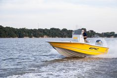Epic 22sc Center Console Fishing Boat