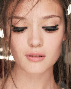 Braut Make-up im Retro-Stil