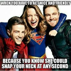 Ahahahaha! So true! Super Girls, Film Serie, Flash Supergirl, Melissa Supergirl, Marvel And Dc Crossover, Supergirl Crossover, Cw Crossover, Green Arrow Costume, Arrow Show