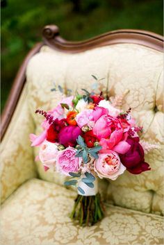 18 Bohemian Wedding Bouquets That Are Totally Chic ❤ See more: http://www.weddingforward.com/bohemian-wedding-bouquets/ #weddings
