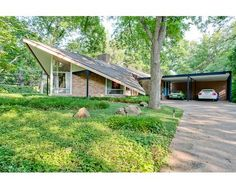 8931 Capri Ct , Dallas, TX is currently not for sale. View more property details, sales history and Zestimate data on Zillow. Mid Century Modern Decor, Mid Century Art, Mid Century House, Mid Century Style, Mid Century Design, Midcentury Modern, Modern Contemporary Homes, Modern Homes, B Architecture