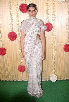 Sonam Kapoor at Ekta Kapoor's Diwali Party : Maybe I'm the only one, but I feel that this cold shoulder trend is starting to get out of hand. I have never liked this trend on blouses and Abu Jani Sandeep Khosla did not change my stand on that. I like...