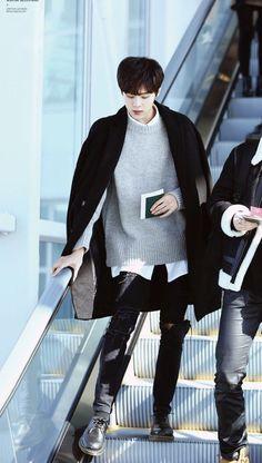 Kim Wooseok | ProduceX101 Daejeon, Up10tion Wooshin, Sung Joon, How To Speak Korean, Pin Pics, Do Kyung Soo, Korean Bands, Asian Boys, Asian Style