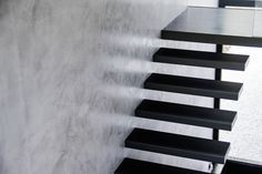 Prachtige zwevende trap.