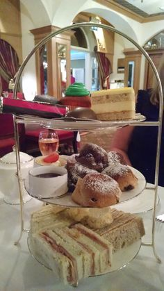A lovely afternoon tea at the Chesterfield Mayfair Hotel in London