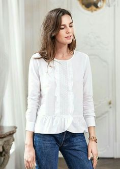 Blouse Styles, Blouse Designs, Dress Down Friday, Fashion Pants, Fashion Outfits, Sewing Blouses, Mode Plus, Blouse And Skirt, Classy Outfits