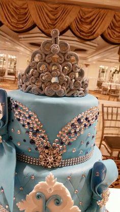 Sweet 16, Quincenera cake