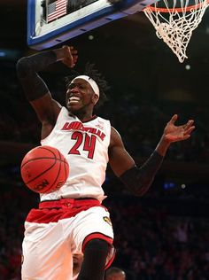 Montrezl Harrell dunk v Indiana Hoosiers 12.9.2014 ... University of Louisville Sports | The Courier-Journal