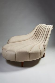 Modernity - Daybed designed by Uno Åhrén for Mobilia, Sweden. 1923. - 20th Century Design