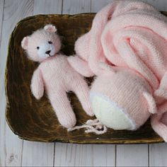 Toy knitting pattern for a bunny egg cosy, Easter bunny Elephant Pictures, Bear Pictures, Bunny And Bear, Bunny Rabbit, Julie Williams, Knitting Patterns, Crochet Patterns, Little Cotton Rabbits, Dk Weight Yarn