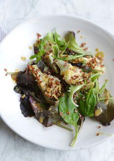 Ensalada de quinoa roja con alcachofas