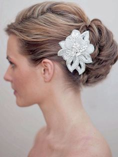 AA-S2374  Silver White Beaded Vintage Inspired Wedding Hair Comb with Freshwater Pearl