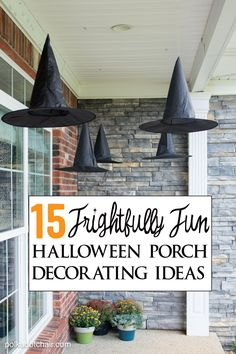 Want to find cute ways to decorate for Halloween? Here are 15 Frightfully Fun and Cute Ways to Decorate a porch for Halloween. Lots of Ideas