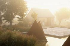 Cleve West in Normandy Picture Credit: Nicola Browne Amazing Architecture, Landscape Architecture, Landscape Design, Garden Design, Water Features In The Garden, Formal Gardens, Picture Credit, My Secret Garden, Country Estate