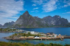 Sakrisøya by Håkan Johansson on 500px