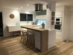 Small Condo Kitchen, Small Open Kitchens, Small Kitchen Layouts, Kitchen Dining Living, Modern Kitchen Island, Modern Kitchen Cabinets, Open Plan Kitchen, Modern Kitchen Design, Kitchen Furniture