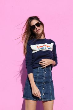 Gala Gonzalez is wearing a button front denim skirt from AC for AG denim skirt Button Front Denim Skirt, Denim Mini Skirt, Mini Skirts, Jean Skirt, Gala Gonzalez, Fashion Moda, Love Fashion, Net Fashion, Chic Outfits