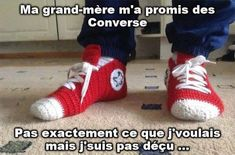 Funny pictures about Crochet Converse slippers. Oh, and cool pics about Crochet Converse slippers. Also, Crochet Converse slippers. Converse En Crochet, Virka Converse, Converse Slippers, Converse Sneakers, Cheap Converse, Baby Converse, Red Converse, Knit Sneakers, Free Crochet