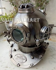 Tall x Wide x Deep Collectible Antique Maritime Marine Gift Helmet is Very Good Condition This is an excellent quality made helmet It is Totally Handmade Us Navy, Dive Rite, Deep Sea Diver, Marine Gifts, Diving Helmet, Sea Diving, Scuba Gear, Diving Equipment, United States Navy