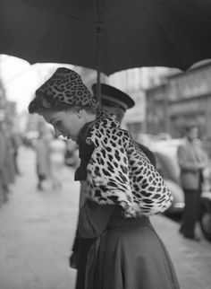 Suzy Parker in Elle magazine, 1952. Photo by Georges Dambier.