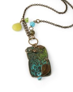 how to (vintaj)  necklace with chain and bead dangles; metal pendant with patina