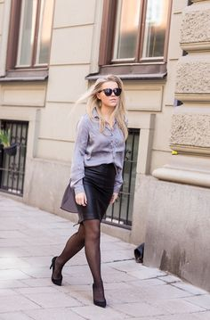 leather-pencil-skirt