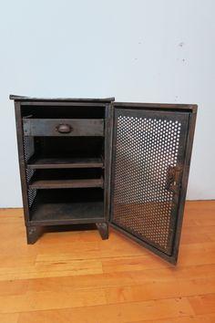 Original 30er Jahre vintage Metall- Werkzeugschrank Industrie Design Fabrik Loft   eBay