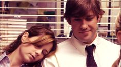 Jim and Pam. The best office romance of all time. Pam is so dorky, but she has the love of her life. But then so is Jim (The Office) Jim The Office, Vanity Fair, Jim Pam, Jim Halpert, Tv Couples, Dunder Mifflin, Parks N Rec, My Guy, Best Shows Ever