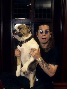 The Prince of Darkness, Ozzy Osbourne & his bulldog! Famous Dogs, Famous People, Ozzy Osbourne Black Sabbath, Celebrity Dogs, Celebrity Crush, Cat People, Big Star, T Rex, Dog Photos