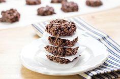 no-bake chocolate protien cookies